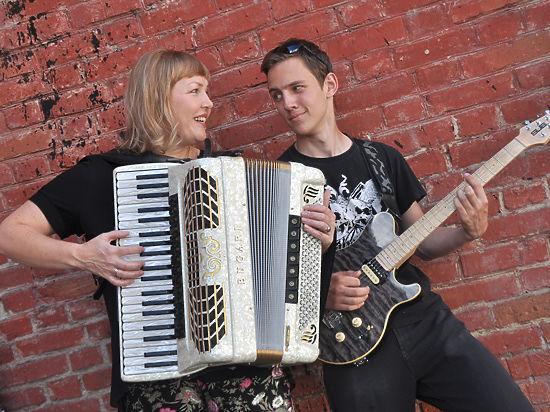 Солистка челябинской филармонии Ольга Парфентьева: «Когда сын увлекся рок-музыкой, мы стали больше общаться»
