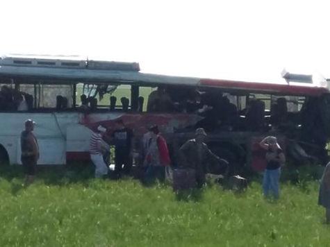 ВКазахстане перевернулся автобус, где были жители России: 6 человек погибли