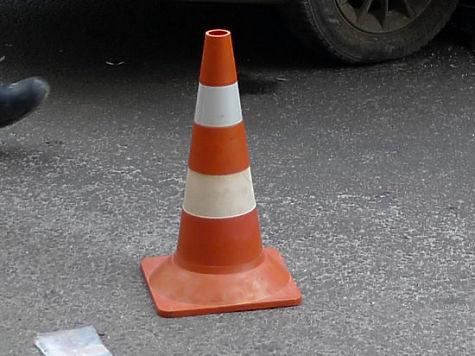 Шофёр легковушки иего пассажир погибли врезультате дорожного происшествия, вЕткульском районе