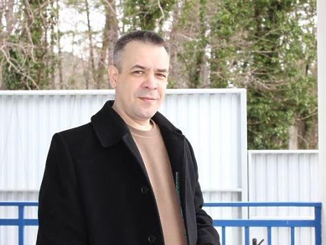 Златоустовского оппозиционера Валерия Ускова взяли споличным завымогательство