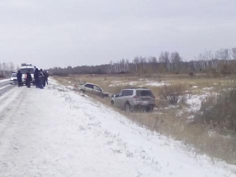 ВЧелябинской области иностранная машина сбила 2-х курильщиков наобочине