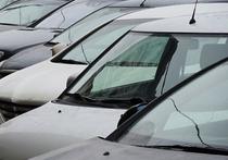 В Челябинске «крышеватели» нелегальных парковок пытаются оказать давление на проверяющих