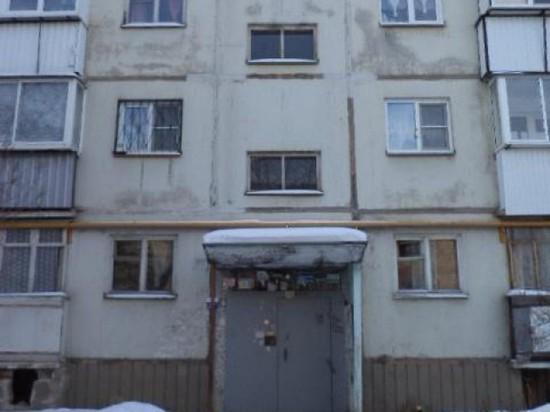 ВЧелябинске пьяные мужчины стреляли сбалкона полюдям