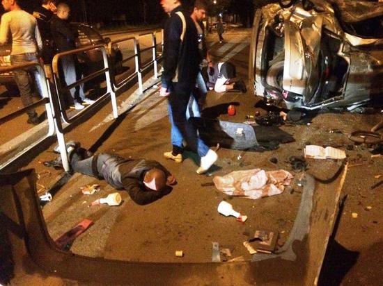 «Пассажир вылетел через багажник»: четверо в больнице после ночного ДТП