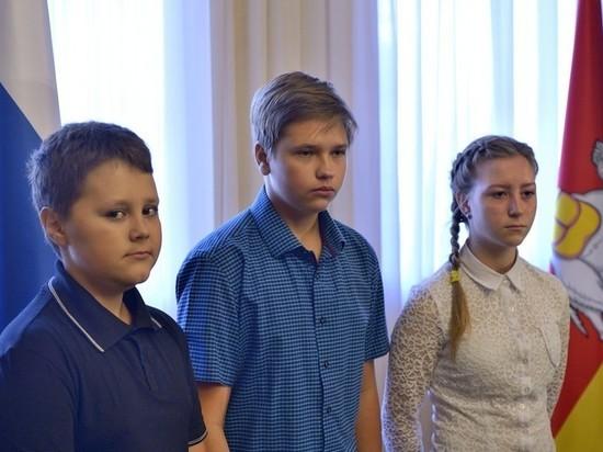 «В огонь и в воду»: три храбрых подростка спасли людей