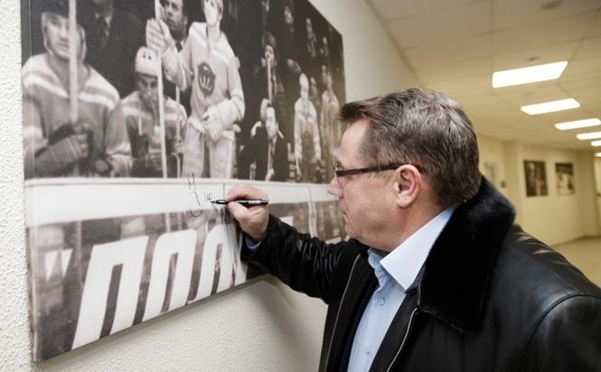 Легенда «Трактора» Николай Макаров возглавил региональную Федерацию хоккея