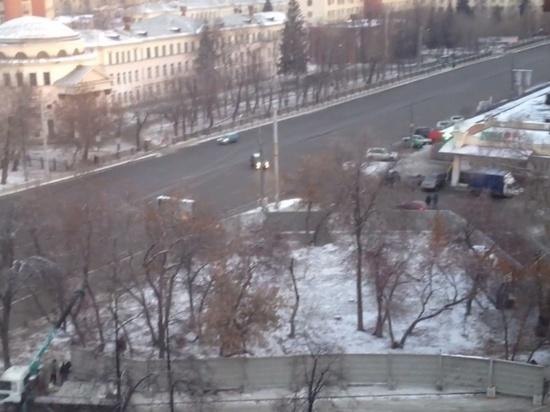 «Обнаглели»: стройка в сквере на Воровского оказалась незаконной