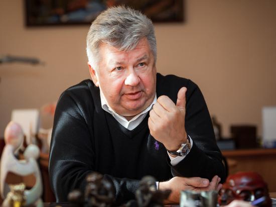 «В душе я остался мальчишкой». Интервью с главным онкологом Челябинской области