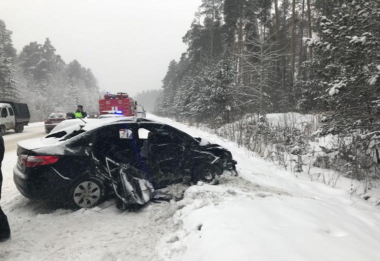 Под Челябинском ребенок вылетел через ветровое стекло врезультате дорожно-траспортного происшествия