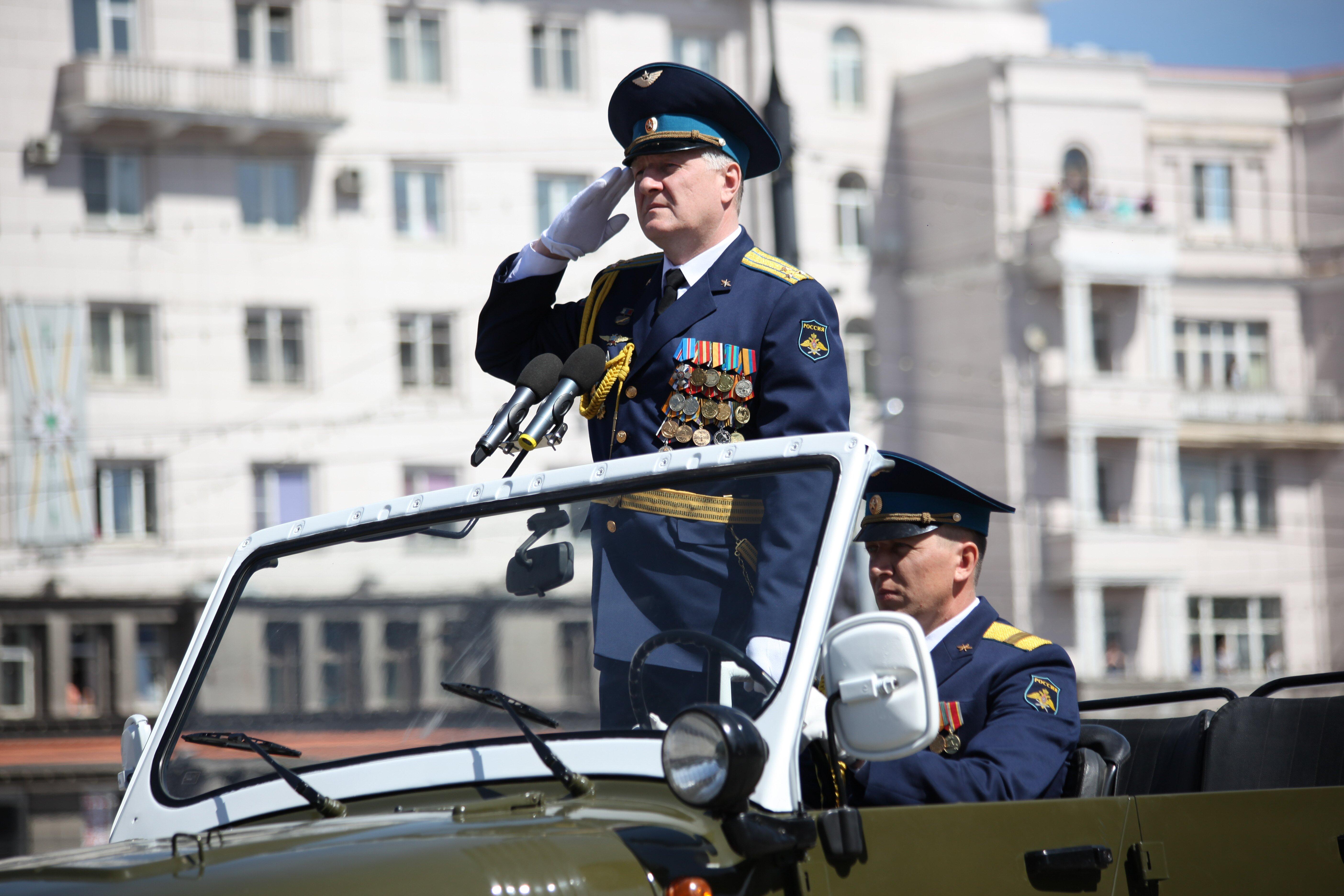 ГАЗ-13 «Чайка» (10.05.2017) - Парад Победы вЧелябинске 2017