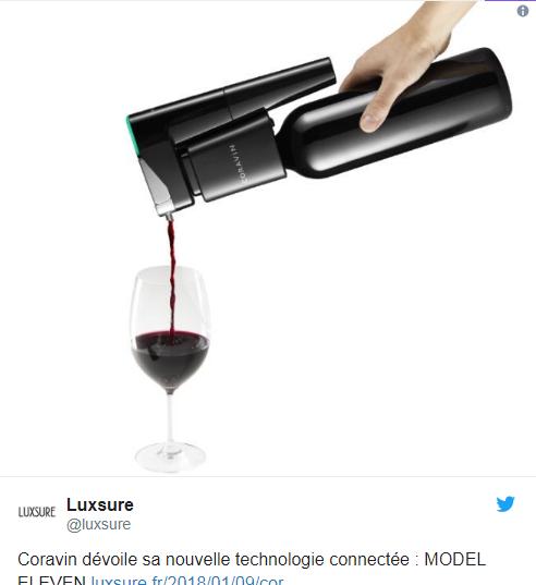 Смарт-штопор, наливающий вино иззакрытой бутылки, стоит 999 долларов ФОТО