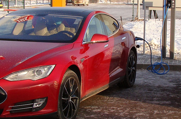 ВЧелябинске возникла первая станция зарядки электромобилей