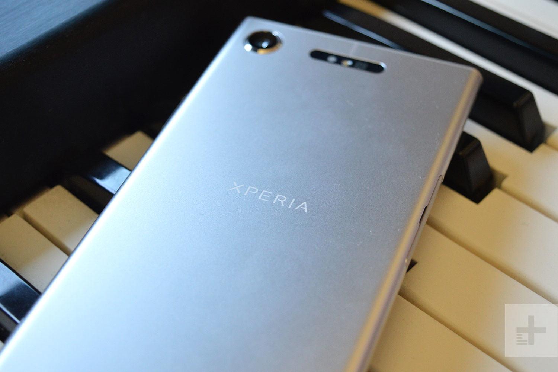 Лучший смартфон Сони стал стоить 27 тыс. руб.